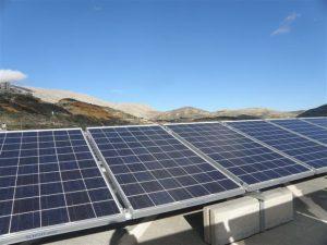 מערכות סולאריות מסחריות | GreenTops